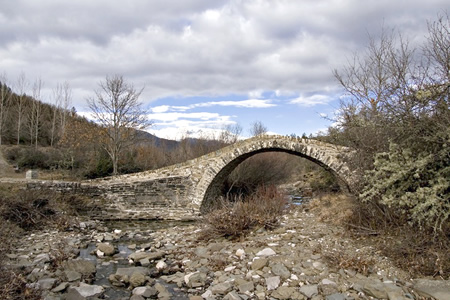 Γεφύρι Αγίου Μηνά
